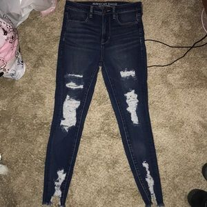 Ripped dark wash American eagle jeans